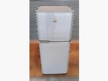 [8成新] 東芝TOSHIBA雙門小冰箱冰箱有輕微破損