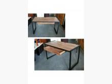 [全新] 全新工業風電腦書桌附插座電腦桌/椅全新