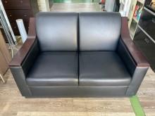 [9成新] 吉田二手傢俱❤黑色雙人皮沙發雙人沙發無破損有使用痕跡