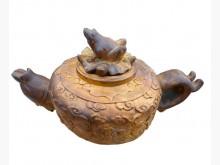 [95成新] R12180*魚雕刻茶壺型藝品樟擺飾近乎全新
