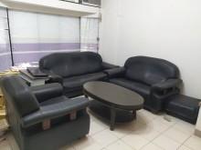 [9成新] 搬家換沙發,廉售全牛皮沙發(厚)多件沙發組無破損有使用痕跡