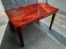 [8成新] 隆發家具行 ▪ 實木餐桌餐桌有輕微破損