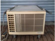 [7成新及以下] 日立1.3頓冷暖窗型冷氣220V窗型冷氣有明顯破損