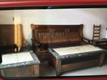 [7成新及以下] 實木沙發 3-2-1 + 2茶几木製沙發有明顯破損