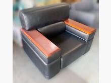 [8成新] A10201*單人皮沙發*單人沙發有輕微破損