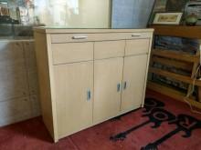 [8成新] 絕美時尚白橡四尺櫥櫃/收納櫃碗盤櫥櫃有輕微破損