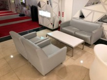 [9成新] 高質感銀灰色單人皮沙發單人沙發無破損有使用痕跡