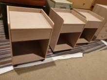 [9成新] 出外人百搭移動式床頭櫃 收納櫃床頭櫃無破損有使用痕跡