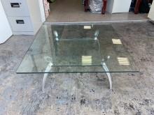 [9成新] 正方形3.5尺 雙層玻璃大茶几茶几無破損有使用痕跡