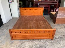柚木色全實木 標準雙人5尺床架雙人床架無破損有使用痕跡