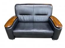 [95成新] A30403*黑皮雙人沙發雙人沙發近乎全新