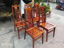 [95成新] 原木椅5張$4000餐椅近乎全新