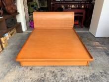 山毛色 標準雙人5尺收納掀床架組雙人床架無破損有使用痕跡