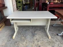 灰白面4尺HU腳辦公桌(含鍵盤抽辦公桌無破損有使用痕跡