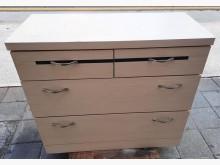 [8成新] 白色四斗櫃五斗櫃有輕微破損