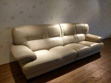 [9成新] 溫馨米黃四人/2+2半牛皮沙發L型沙發無破損有使用痕跡
