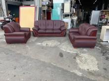 [7成新及以下] 紅色皮革1+2+3沙發組*沙發多件沙發組有明顯破損