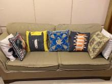 [8成新] 羽絨靠枕沙發雙人沙發有輕微破損