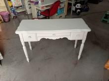 [9成新] 白色實木二抽書桌H03774書桌/椅無破損有使用痕跡