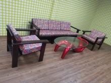 [9成新] 冬暖夏涼實木3+1+1沙發組木製沙發無破損有使用痕跡