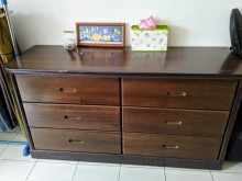 [8成新] 深咖啡實木斗櫃 大容量衣櫥其它家具有輕微破損