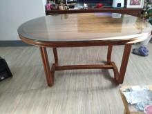 [9成新] 實木大餐桌書桌/椅無破損有使用痕跡