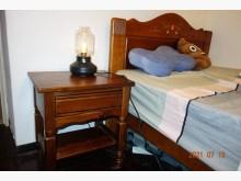 [95成新] 美國鄉村風單人床架.加大.很大單人床架近乎全新