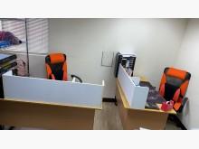 [95成新] 辦公桌椅 需自取 靠近南港展覽館辦公桌近乎全新
