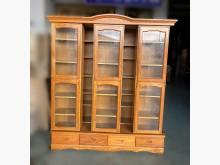 [7成新及以下] A7099*半實木滑門書櫃*書櫃/書架有明顯破損