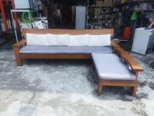 [8成新] 柚木實木8.8尺L型木沙發組*木製沙發有輕微破損