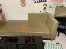 [7成新及以下] L型沙發有明顯破損