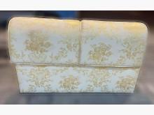 [8成新] 白橡六尺床頭板床頭櫃有輕微破損