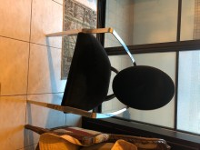 [9成新] 藍色絲絨高椅背其它桌椅無破損有使用痕跡