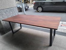 [95成新] 實木!!! 工業風 桌子餐桌近乎全新