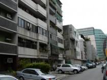 台北租屋,松山租屋,分租套房出租,可短租7坪套房租6700元光復南路