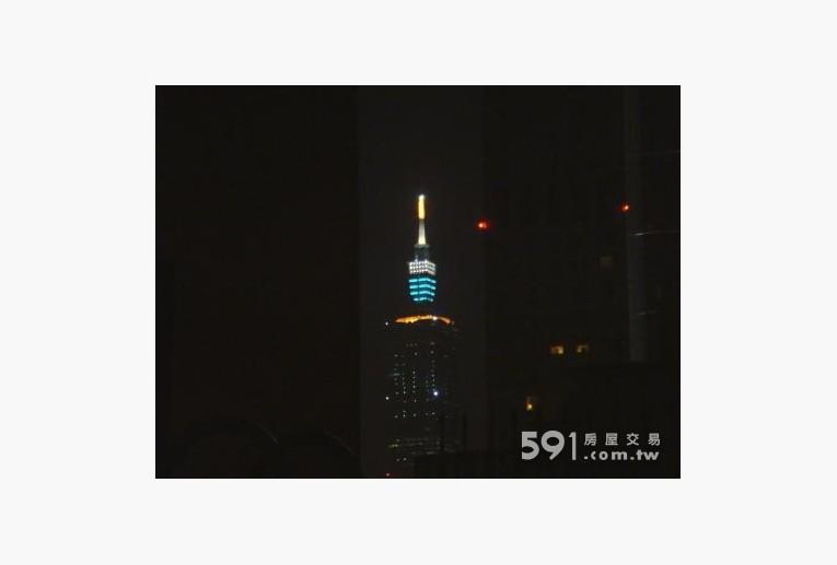 台北租屋,大安租屋,獨立套房出租,101夜景(門外花園拍攝)