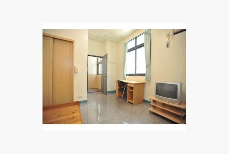 台南租屋,永康租屋,獨立套房出租,房間實景拍攝