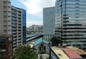 鄰光華商場,三創生活園區(窗景)