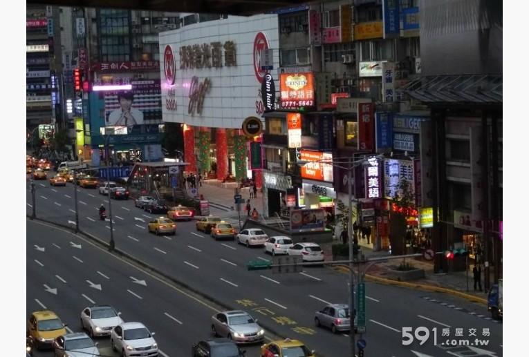 台北租屋,大安租屋,辦公出租,窗外實景,SOGO百貨