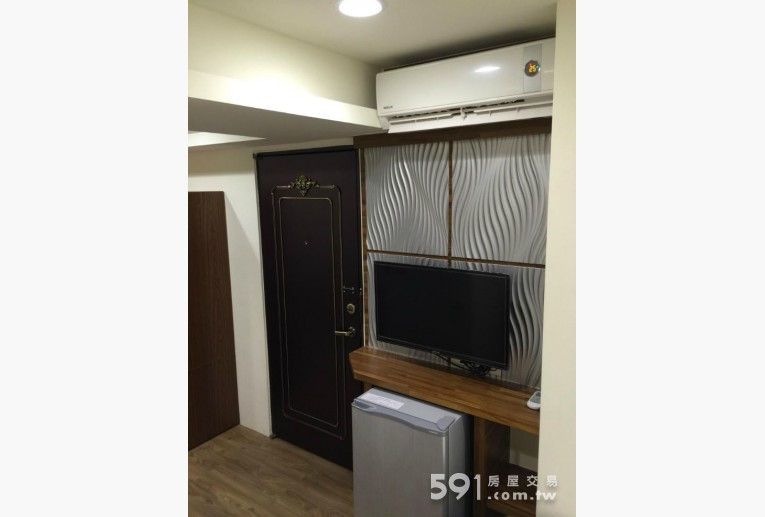 台北租屋,士林租屋,獨立套房出租,多媒體液晶電視,全新電冰箱