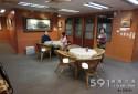 寬敞咖啡區 單純安靜