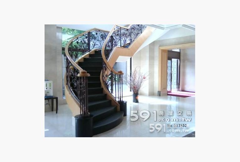 台北租屋,內湖租屋,整層住家出租,迴旋樓梯