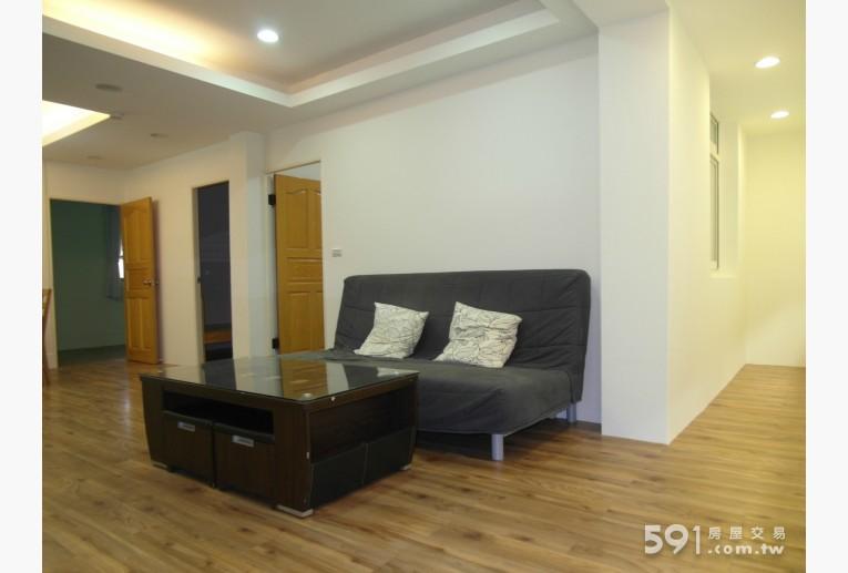 新北租屋,新莊租屋,整層住家出租,客廳