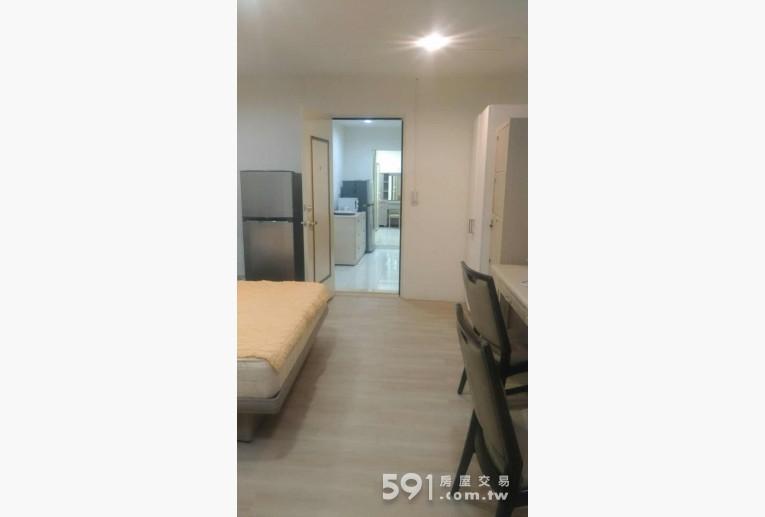 台北租屋,中正租屋,整層住家出租,房間超大。全新地板