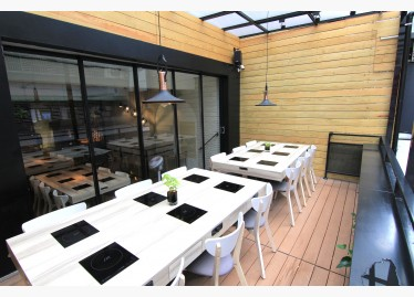 2樓戶外用餐區