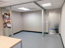 新裝潢多功能A級辦公室
