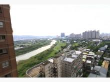 天闊河景高樓層三房