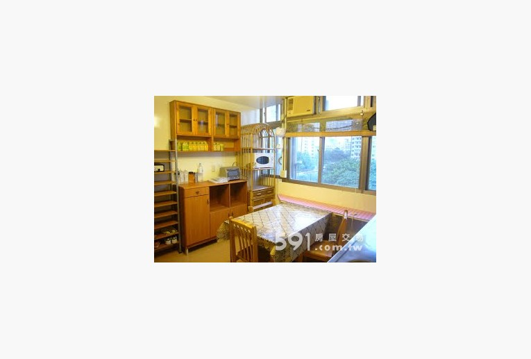 台北租屋,中正租屋,整層住家出租,客廳含餐桌