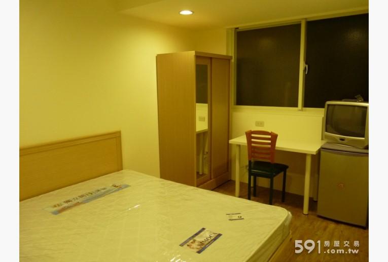 台北租屋,中山租屋,獨立套房出租,溫暖房間