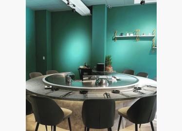 一體成形圓型鐵板檯適合家庭聚餐